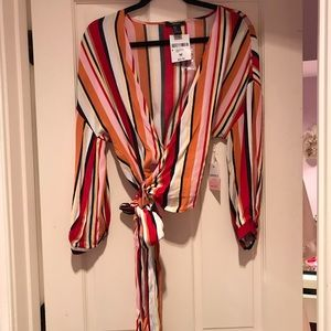 NWT FOREVER 21 WRAP TOP